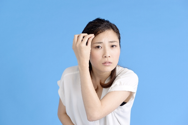 前髪を切りすぎた時に早く伸ばす方法11選!エクステや育毛剤他、早く伸ばすコツは?