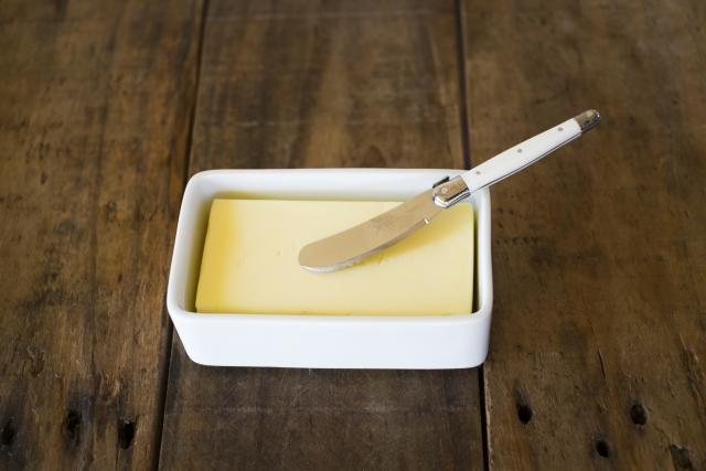 生クリームでバターを手作り♡ペットボトルやミキサーで簡単に!