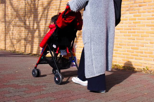 赤ちゃんが外出できる時期はいつから?車の場合や時間帯についても。