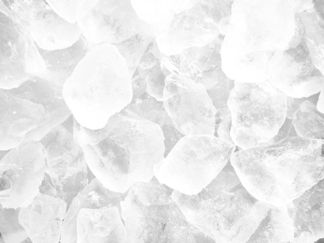冷蔵庫の製氷機はカビだらけ!クエン酸や酢を使った簡単な掃除方法☆