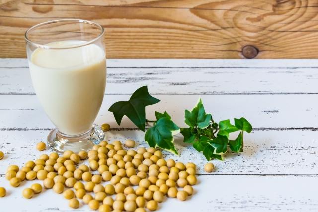 生クリームの代用に豆乳は使えるの?パスタやケーキ 豆乳ホイップのレシピも