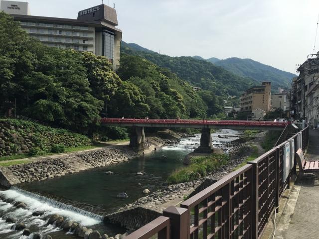 箱根湯本温泉でカップルに人気の貸切風呂や露天風呂付き客室のある宿8選!